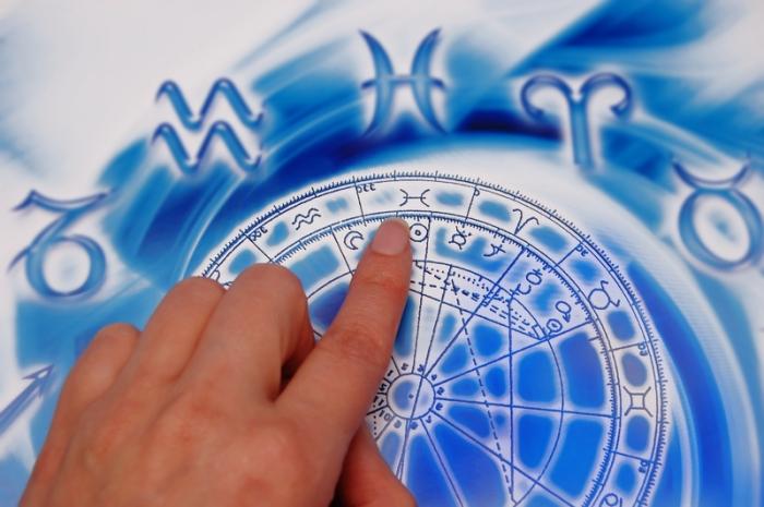 astrology-hand